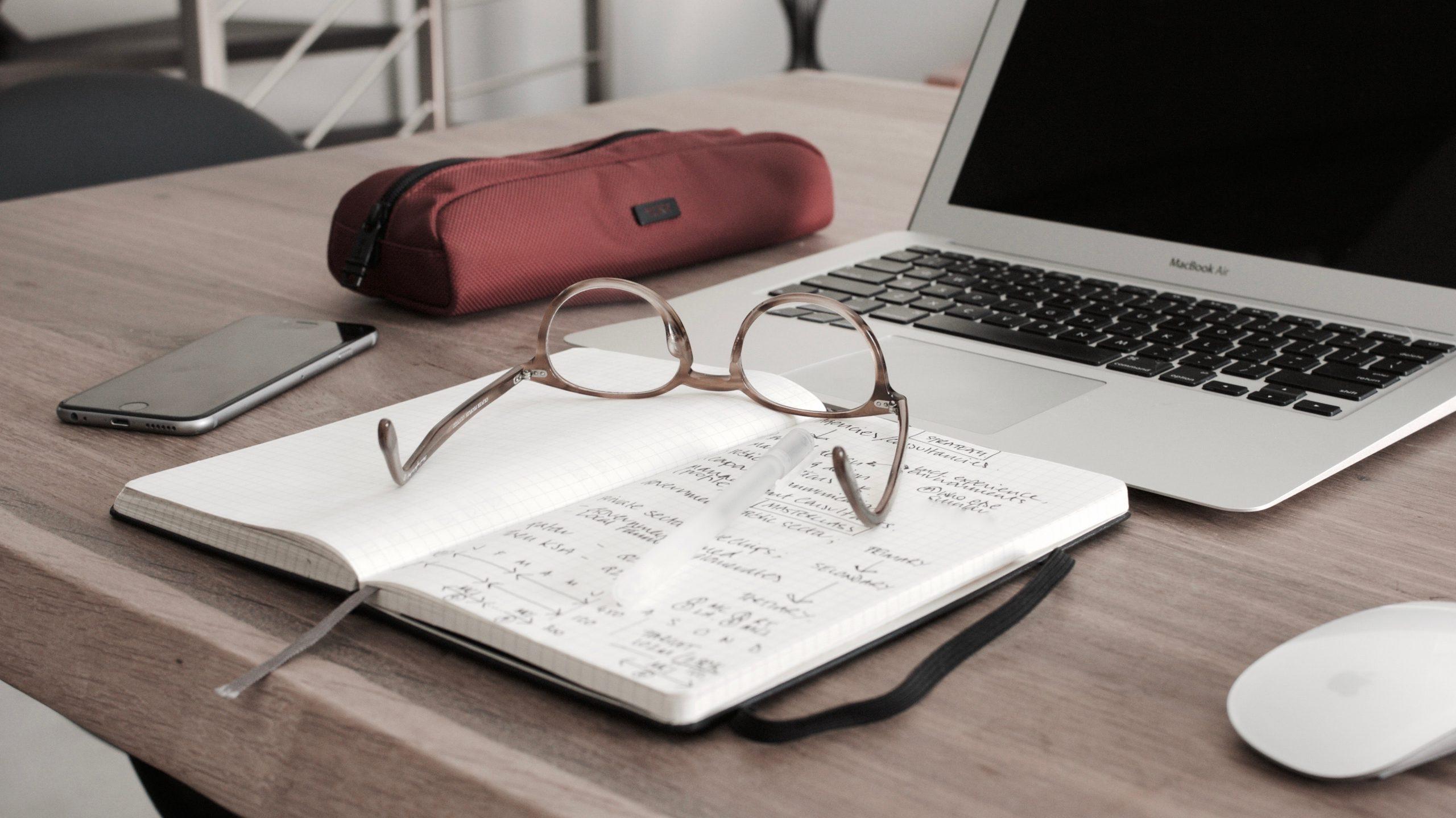 Kas ir grāmatvedis un kādu grāmatvedi izvēlēties